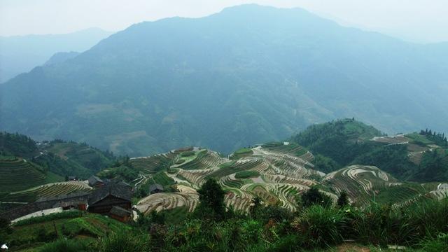 桂林旅行少数民族5.JPG
