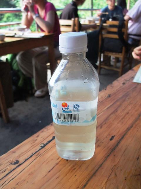 桂林旅行昼食3.JPG
